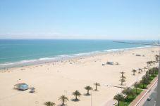 Apartamento con piscina en la zona de Playa Gandia
