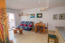 Apartamento de 2 habitaciones a 180 m de la playa