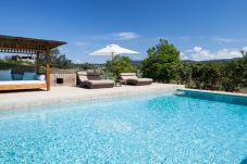 Villa en Sant Antoni de Portmany / San Antonio para 6 personas con 3 habitaciones