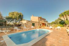 Casa con piscina en Algaida
