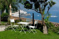 Villa en primera línea de playa de Amalfi