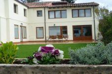 Casa en Burgos Ciudad para 10 personas con 5 habitaciones