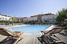 Apartamento con piscina en Cabanas de tavira