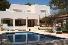 Villa de 4 habitaciones a 160 m de la playa
