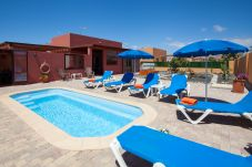 Villa con piscina en Caleta de Fuste