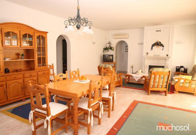 Villa con amplio jardín en Els Poblets - Ref. 76618-4