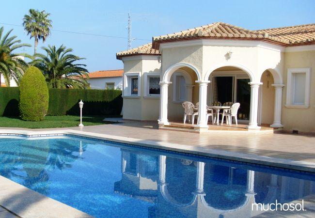 Villa con amplio jardín en Els Poblets - Ref. 76618-1