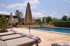 Casa rural con piscina en Felanitx