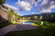 Villa con piscina en Gerês