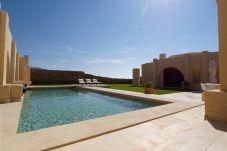Villa de 3 habitaciones a 2000 m de la playa
