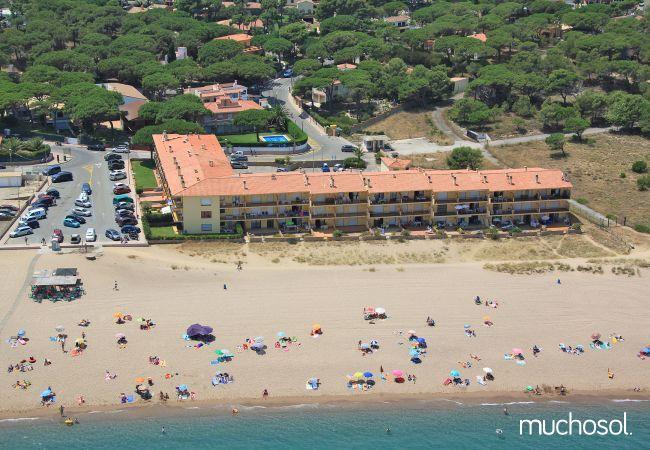 Apartamentos en Pals, primera línea de playa - Ref. 62096-10