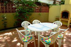 Apartamento para 7 personas con vistas al jardín