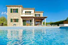 Villa en Port de Pollença para 7 personas con 4 habitaciones