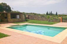 Casa rural en Ronda para 6 personas con 3 habitaciones