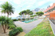 Apartamento con piscina en la zona de Canyelles - Almadraba