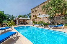 Villa en Sant Joan para 6 personas con 3 habitaciones
