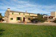 Casa rural con piscina en Sant Llorenç Des Cardassar