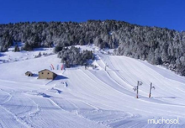 Complejo de estudios en Soldeu con bonitas vistas a la montaña - Ref. 114356-19